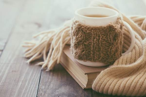 Get a Better Night's Sleep: 5 of the Best Sleep Tea's | https://www.happyhomehappyheart.com