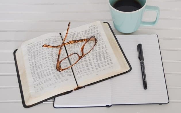 Bible Study Tips & Tools For Beginners
