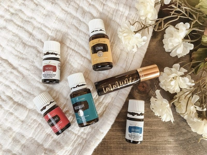 IMMUNE BOOSTING ESSENTIAL OIL ROLLER BLEND