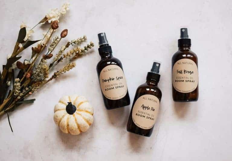 Essential Oil Room Spray Recipes for Fall + Free Printable Bottle Labels