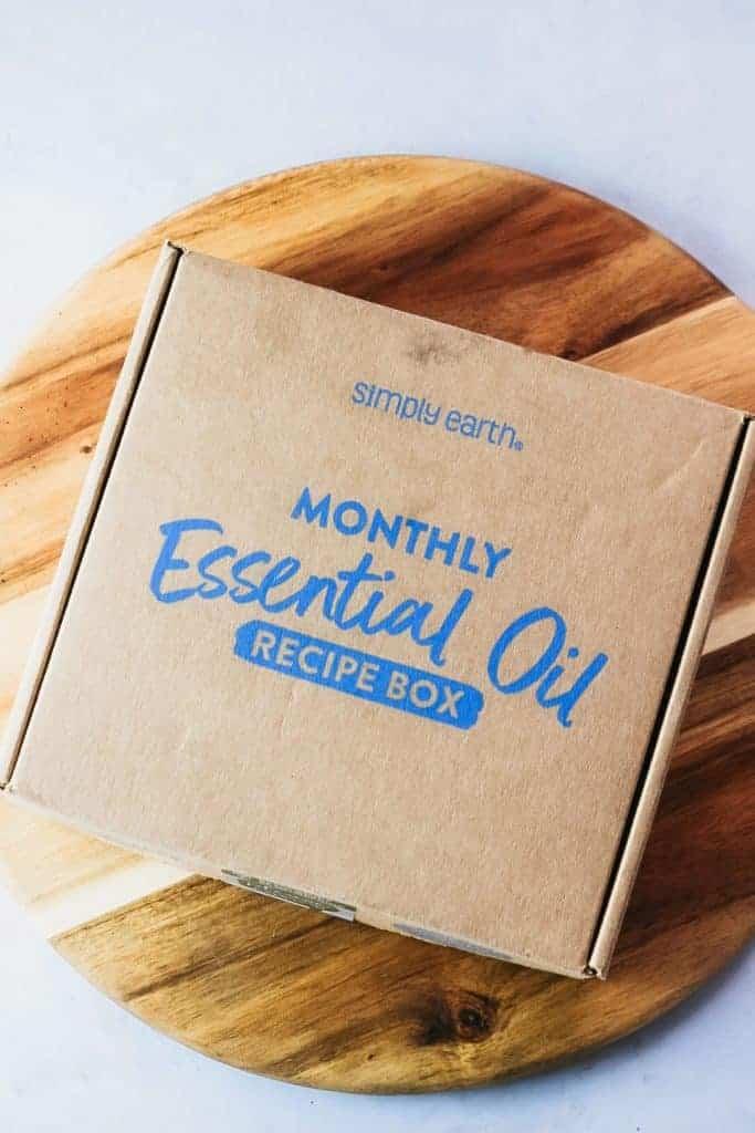 Simply Earth May 2021 box.